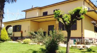 Villa Via Appia Nord Cisterna di LT
