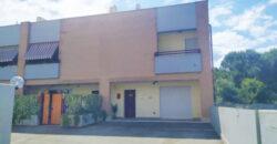 Villetta a schiera a Latina Viale Le Corbusier